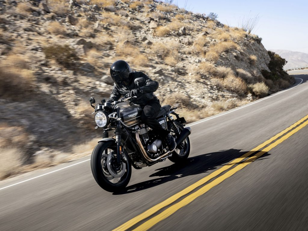 La Triumph Speed Twin in azione