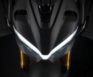 Ducati Streetfighter V4S 2021