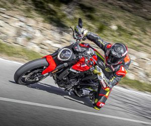Prova Ducati Monster