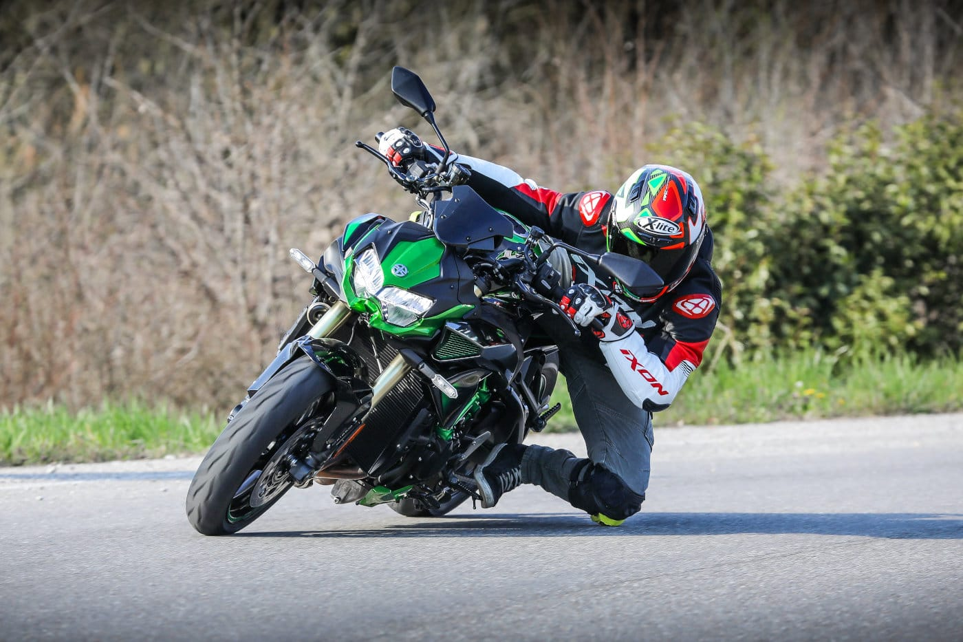 Prova Kawasaki Z H2 SE